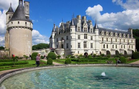 Zamki nad Loarą - Paryż