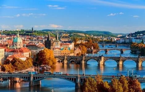 Kotlina Kłodzka - Praga – Błędne Skały