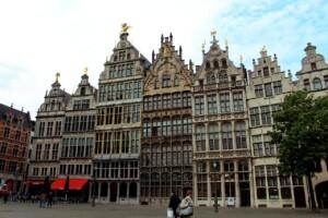 Kraje Beneluxu Belgia Antwerpia Grote Markt