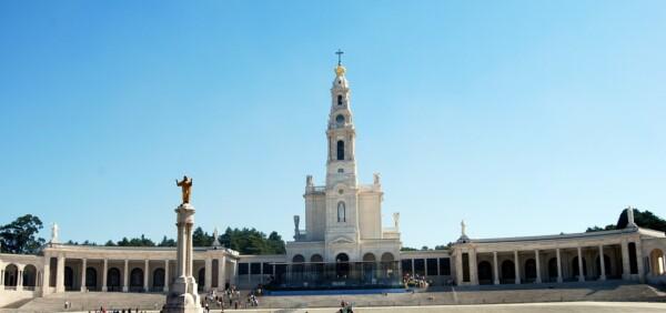 Pielgrzymka do Fatimy, Fatima sanktuarium