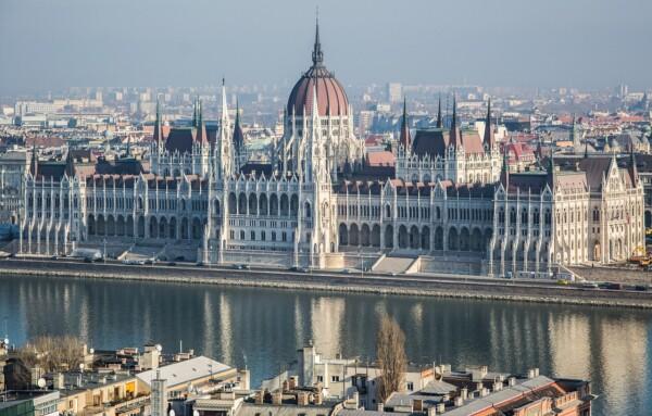 Wycieczka do Budapesztu Parlament