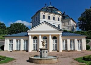 Zamki w Czechach Karlova Koruna
