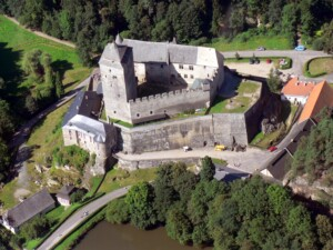 Zamki w Czechach Zamek Kost
