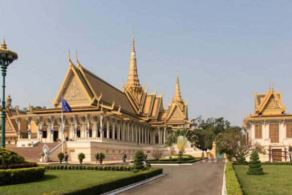Wycieczka po Kambodży, Phnom Penh, Królewski Pałac