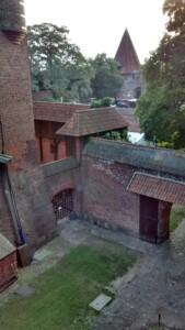Wycieczka Malbork Zdjęcie własnością Biura Podróży Variustur
