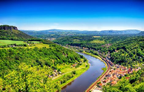 Wstęgą Łaby wzdłuż Saksonii