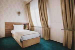 Truskawiec Sanatorium Hotel Alcor pokój 1 osobowy