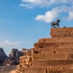 Pielgrzymka do Jordanii i Ziemi Świętej Petra koń Pixabay License